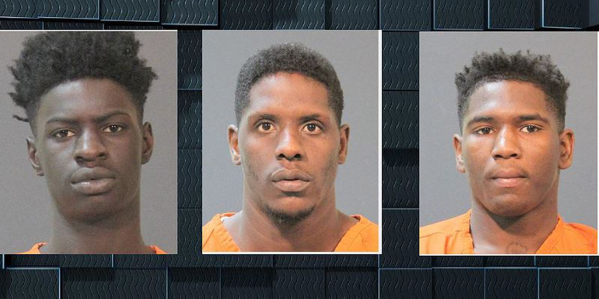 Two arrested, deputies searching for third suspect accused of armed robbery at Kirkman Street apartments