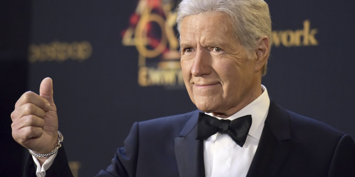 Alex Trebek returns to 'Jeopardy', says he's on the mend
