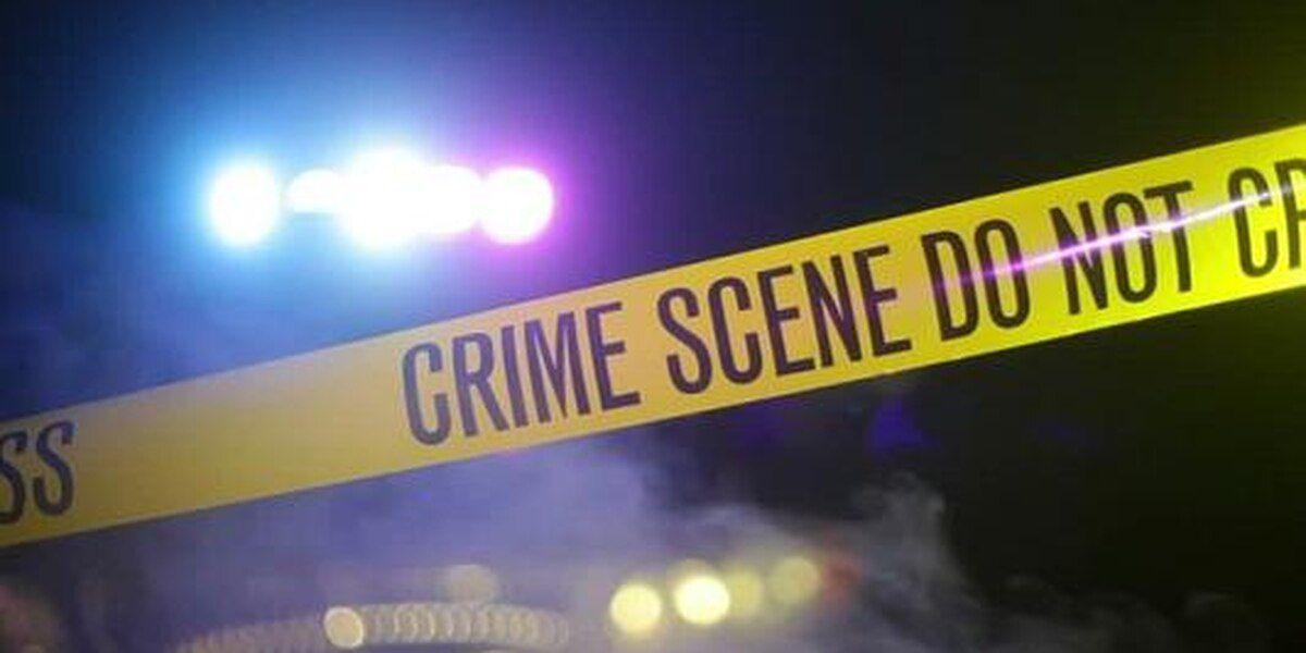 LCPD: Cab driver shot, car stolen