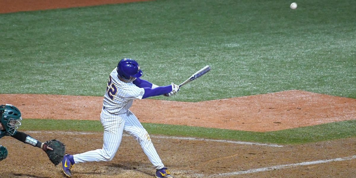 No. 1 LSU baseball pulls out 6-5 win over Southeastern on chilly day
