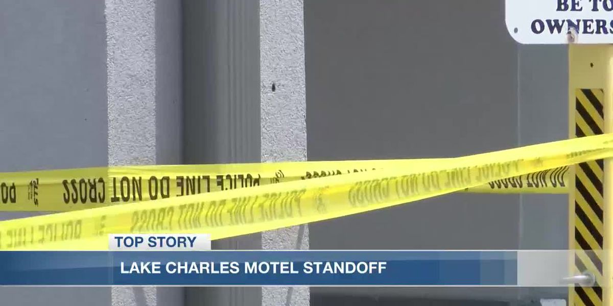 Barricade situation: Person found dead in motel room