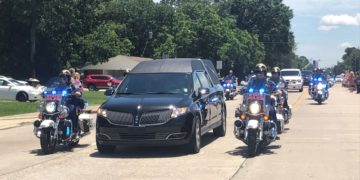 Trooper George Baker honored with public procession, private memorial service