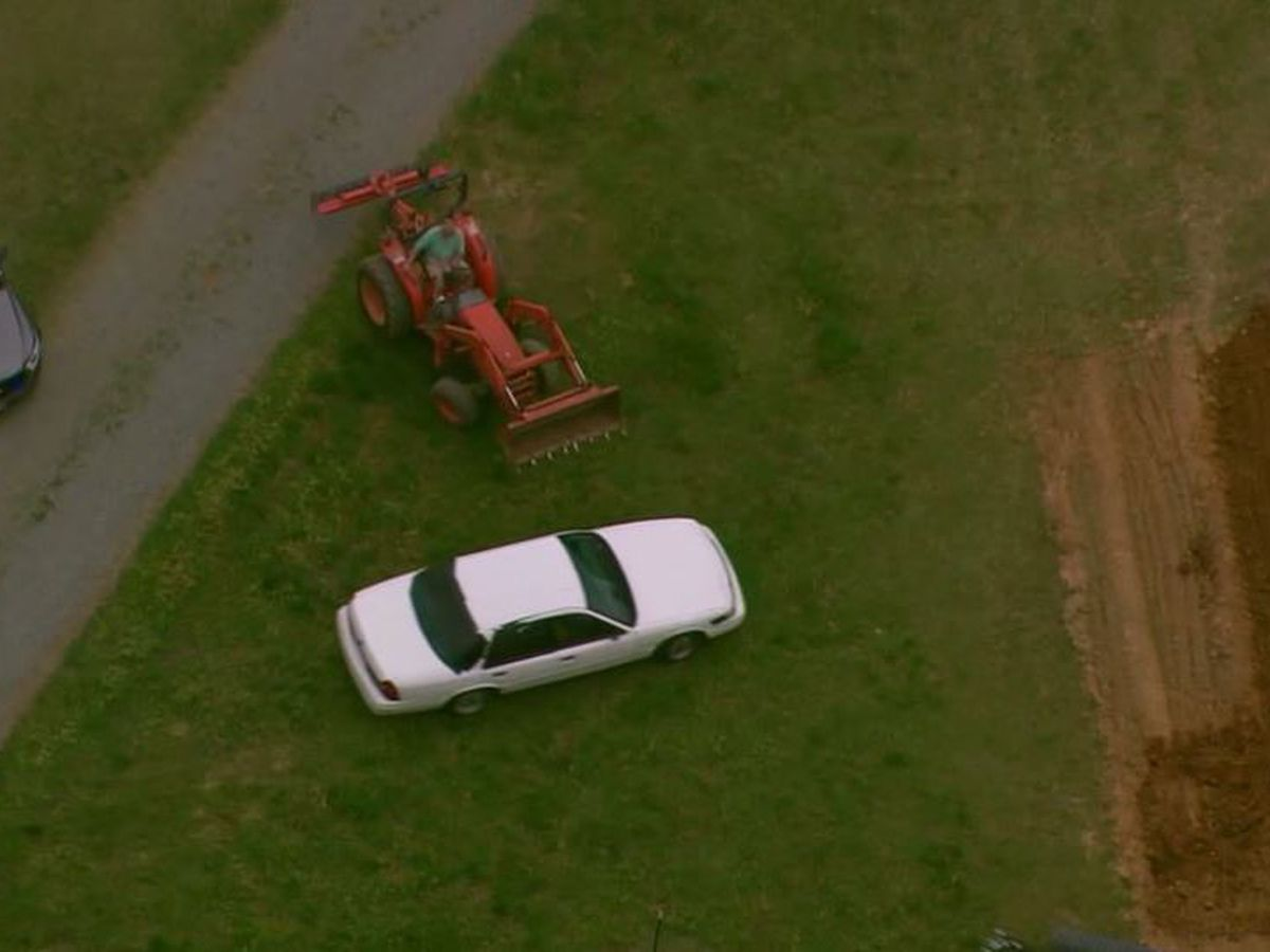 'I was gonna T-bone him': Tractor driver helps end police chase