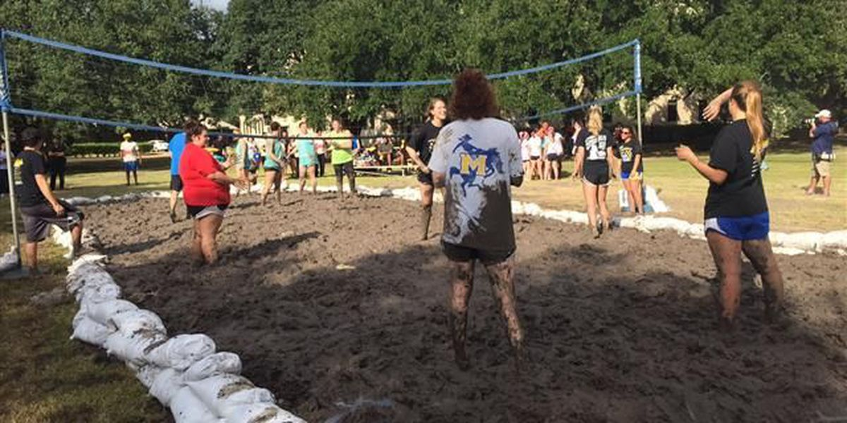 McNeese students 'play dirty' during oozeball tournament
