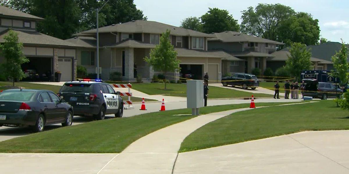 Police: 2 adults, 2 kids gunned down in Iowa