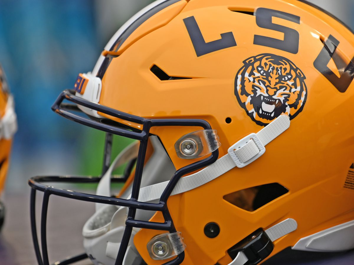 LSU remains No. 6 and Louisiana-Lafayette still No. 19 in AP Top 25 Poll; big changes in Coaches Poll