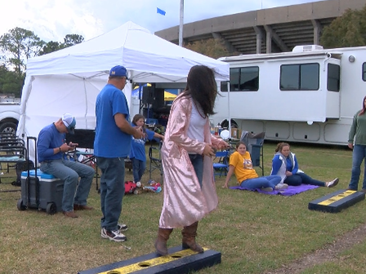 McNeese fans celebrate last home game of the season