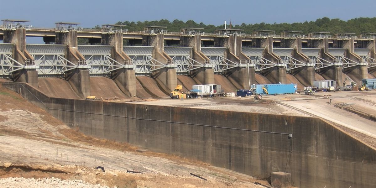 Spillway repairs resume at Toledo Bend