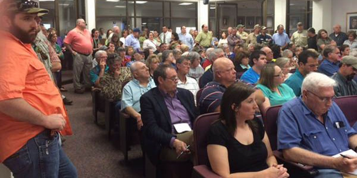 Large crowd for planning and zoning board meeting