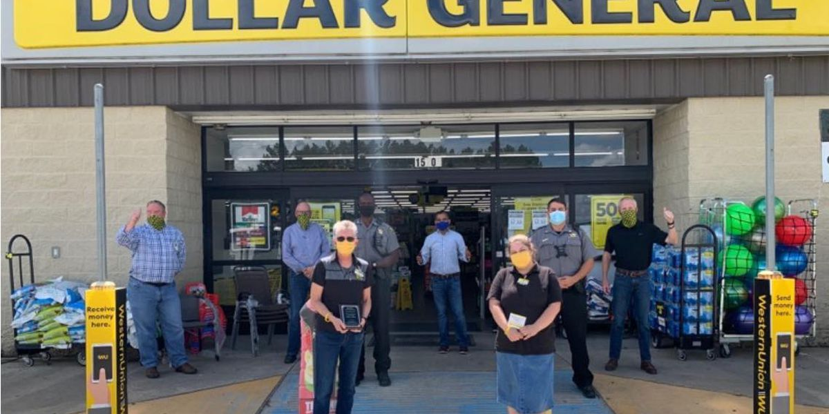 Dollar General executives honor Ragley employees