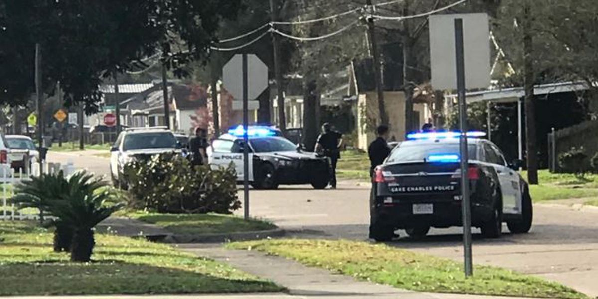 Police: Man arrested after shooting gun into ground on Orange Street