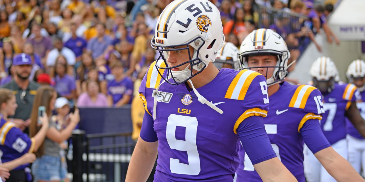 Burrow named SEC Offensive Player of the Week for 3rd time this season