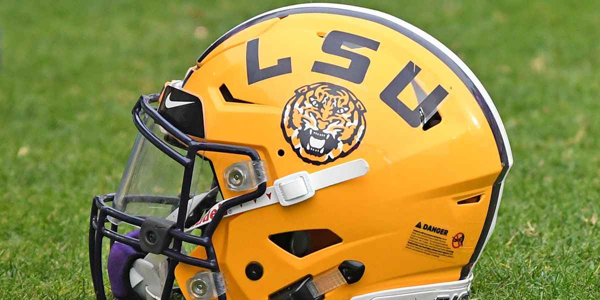 4-star LB Raesjon Davis decommits from LSU