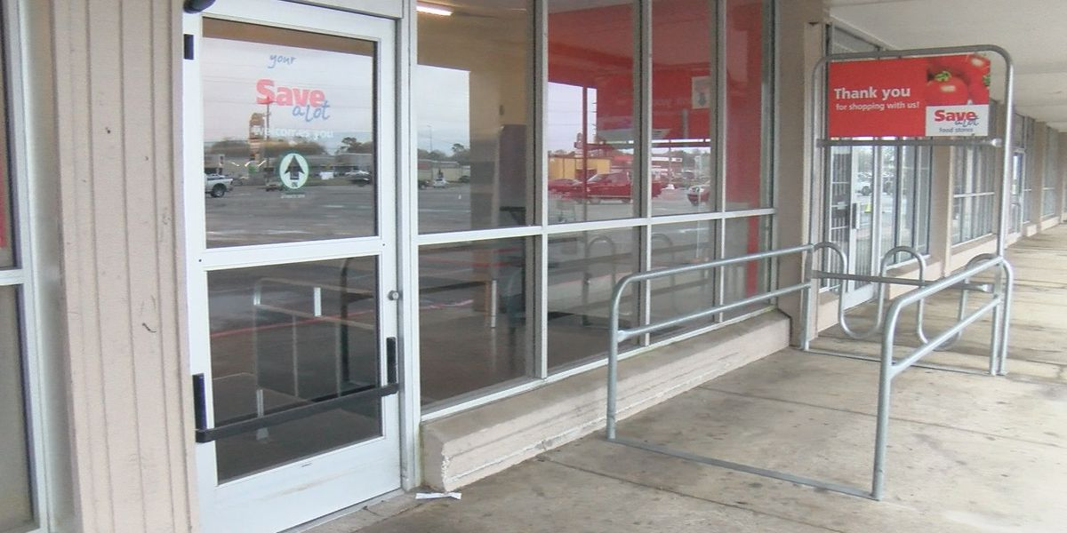 Lake Charles has lost another grocery store