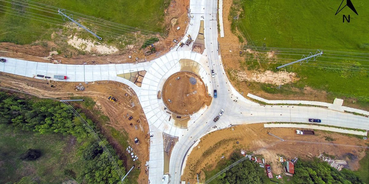 How to navigate a roundabout