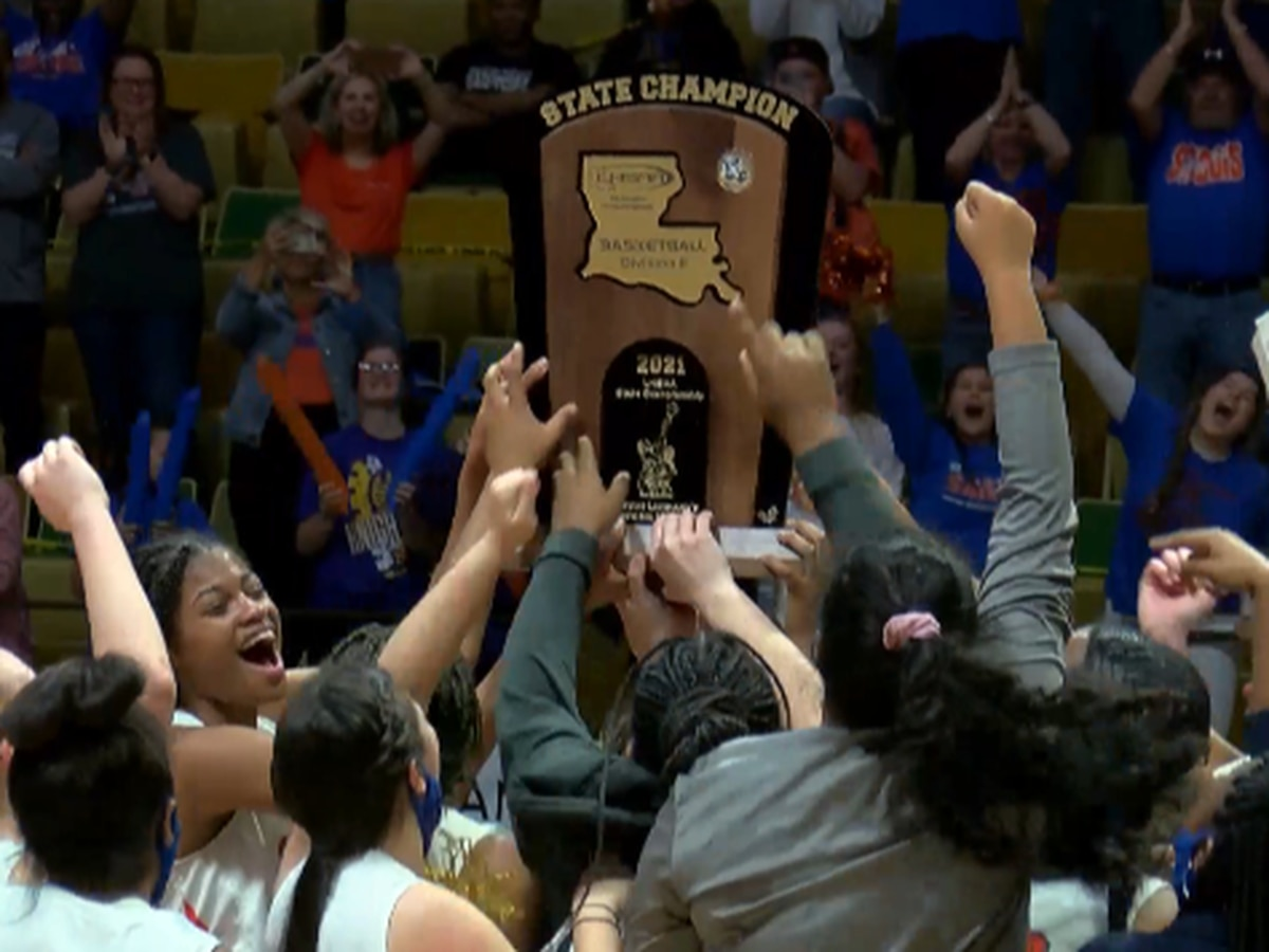 St. Louis Catholic wins Girls Division II State Championship, first time since 1989