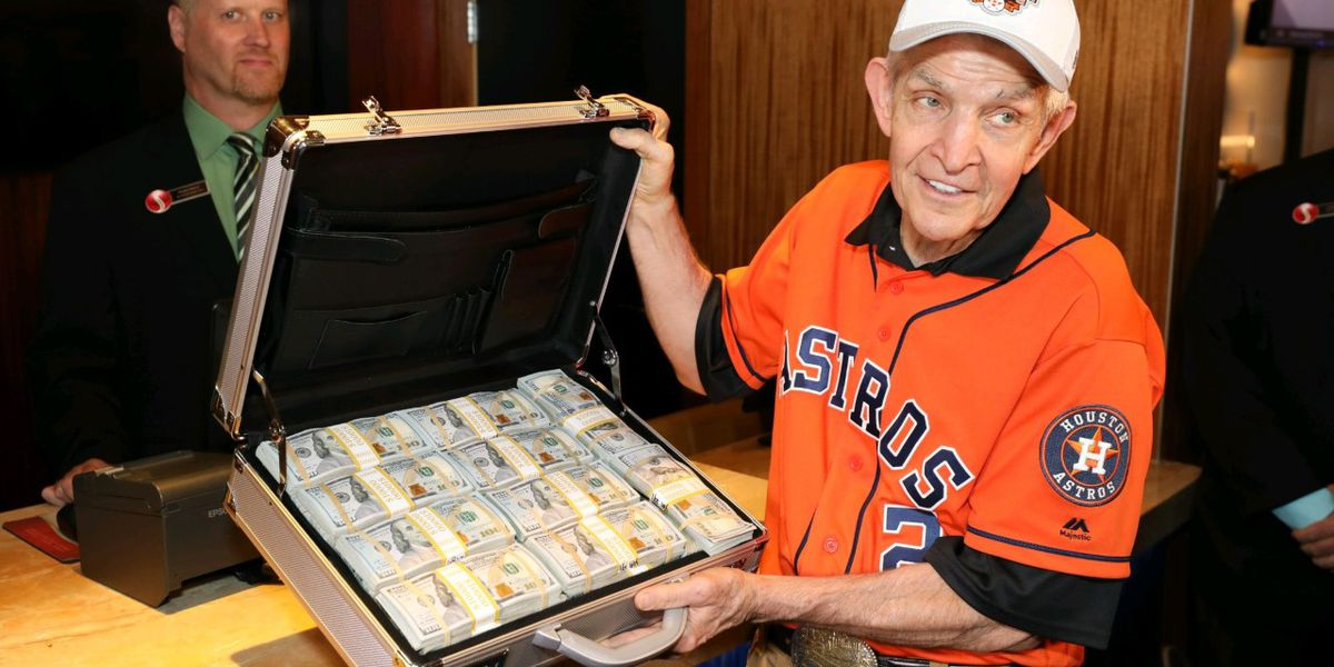 Mattress salesman bets $3.5 million on Astros to win World Series