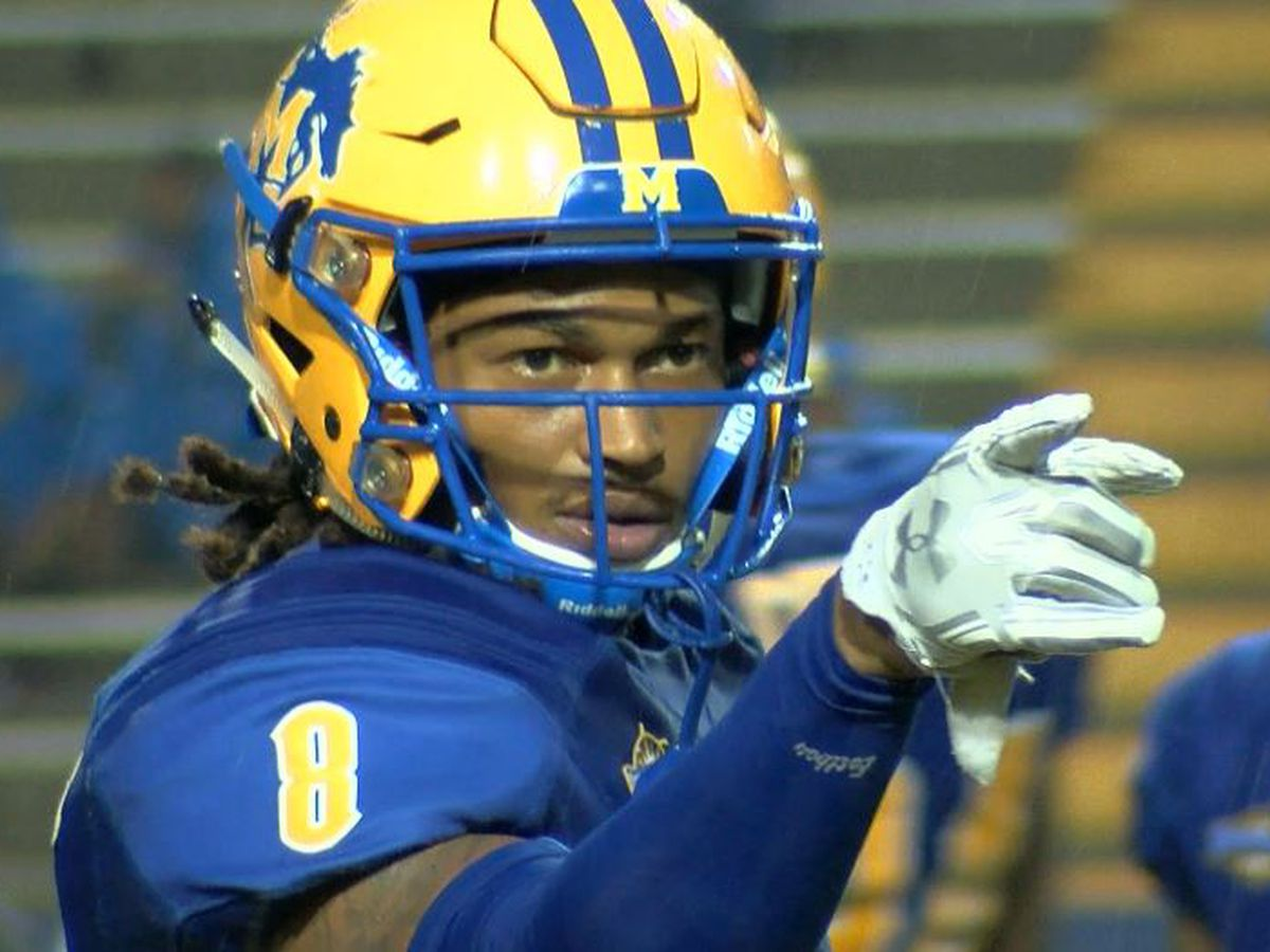 McNeese's B.J. Blunt named AP FCS All-America first-teamer