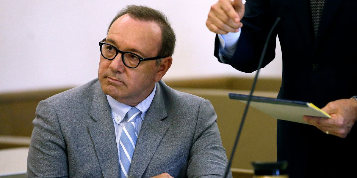 Prosecutors drop groping case against Kevin Spacey