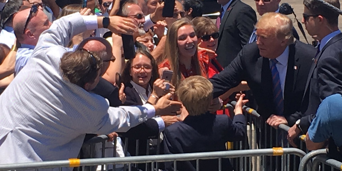 Crowds gather to catch glimpse of president in Southwest Louisiana
