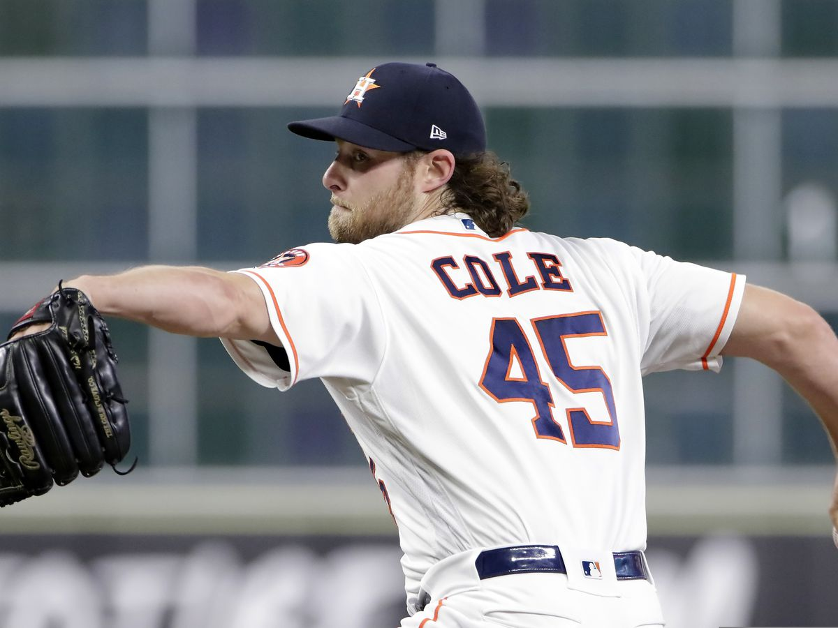 Astros tender qualifying offer to Cole, make seceral roster moves