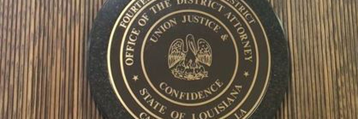 Legislative Auditor releases report on gift card program run through Calcasieu D.A.'s Office