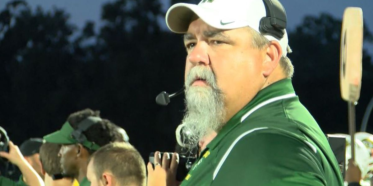 Sulphur hires Walker's Cecil Thomas as head football coach