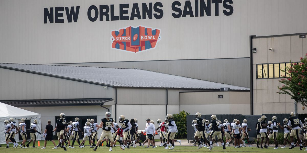 Saints begin adjustment to practicing in pads