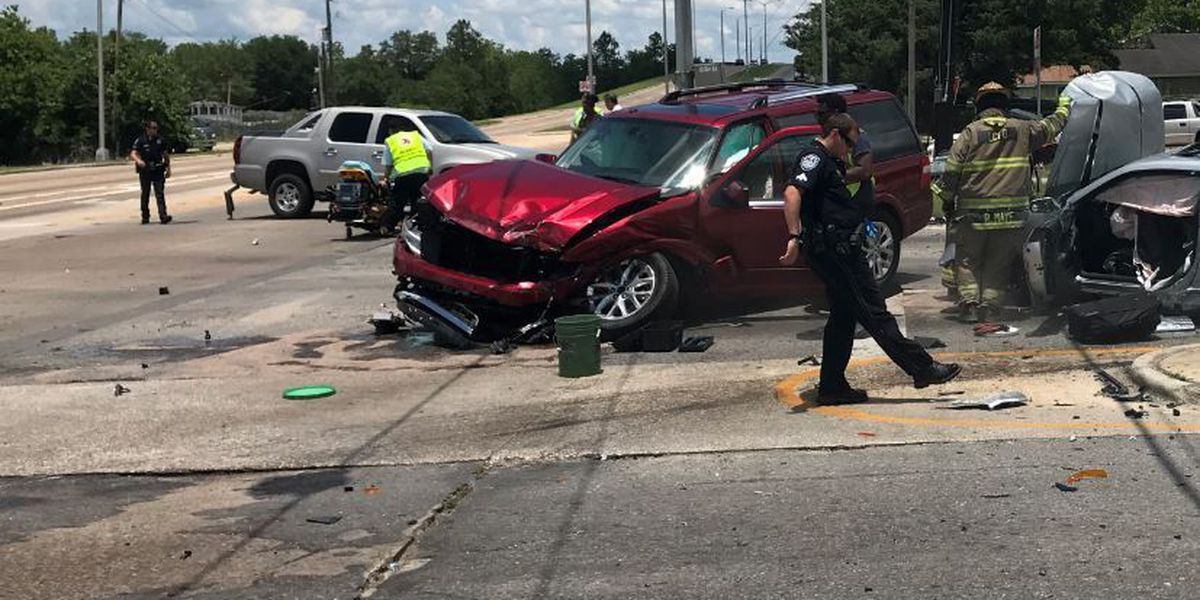 Police chief: Suspect in 6-vehicle accident reached speeds of 126 mph