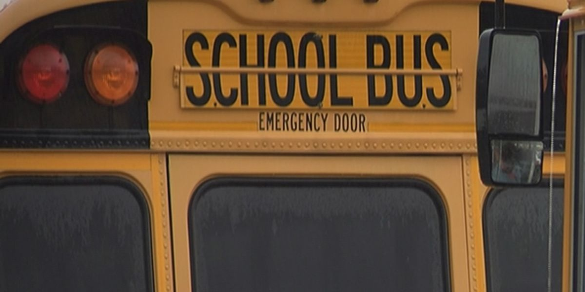 DeWanna's Closet asking for water donations for kids on buses