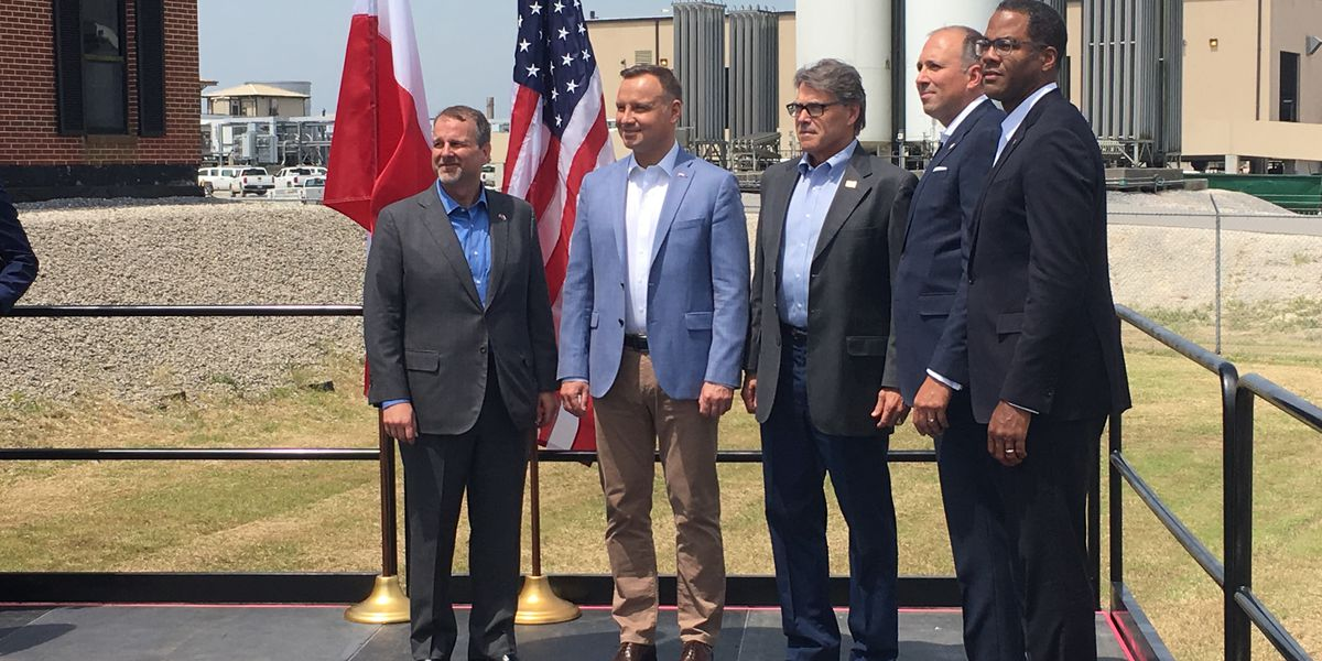 President of Poland visits Cheniere's Sabine Pass LNG Terminal in Cameron