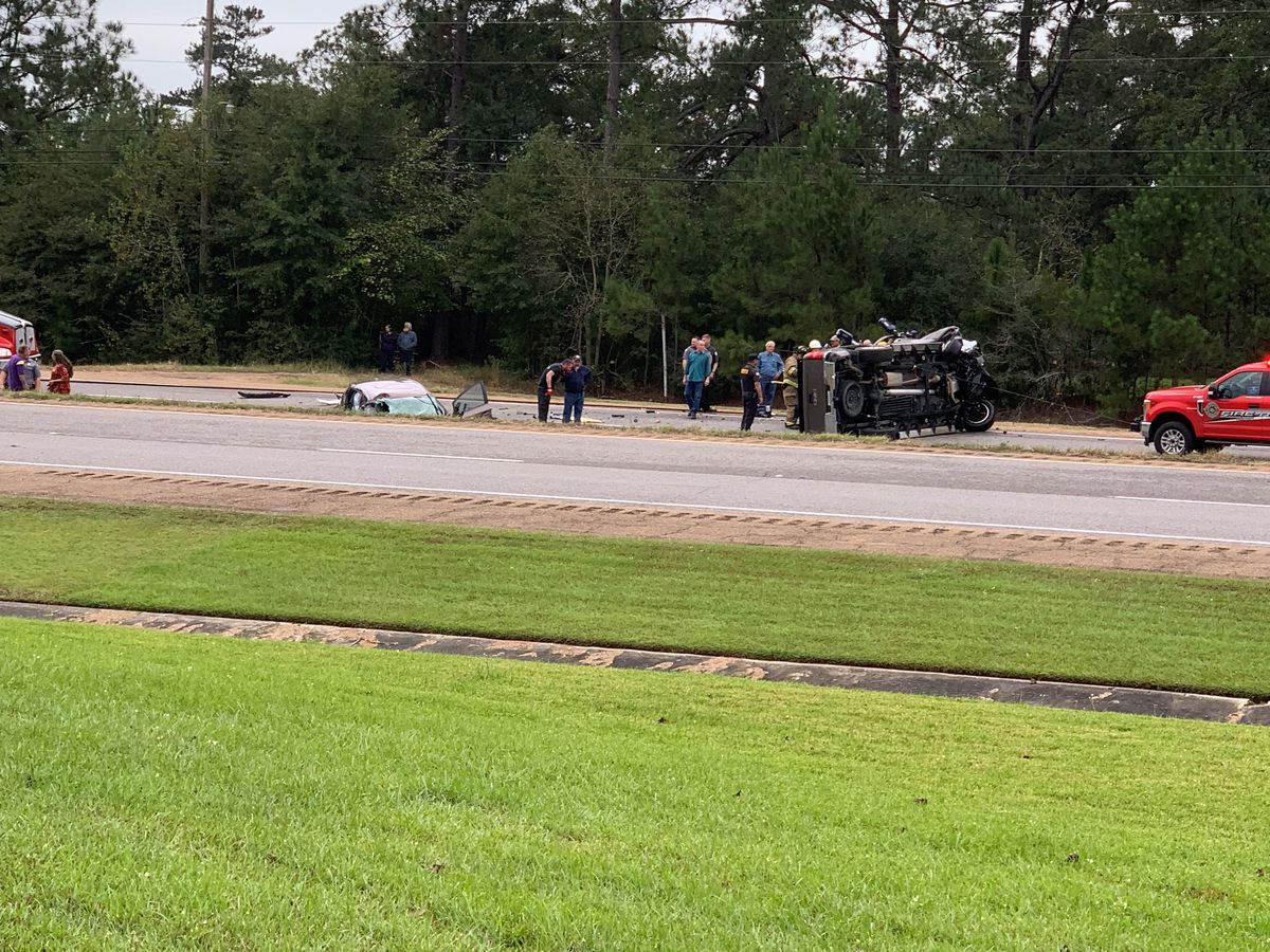 TRAFFIC: Accident on US 171, south of DeRidder