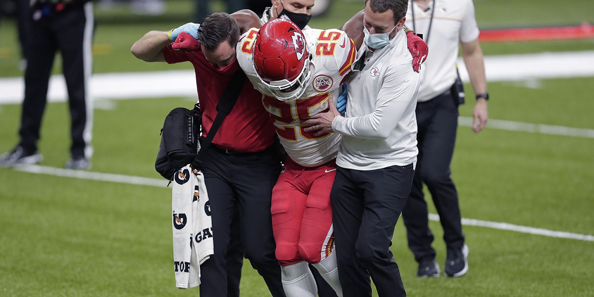 REPORT: Chiefs' Edwards-Helaire out for remainder of regular season; hopes to return for playoffs