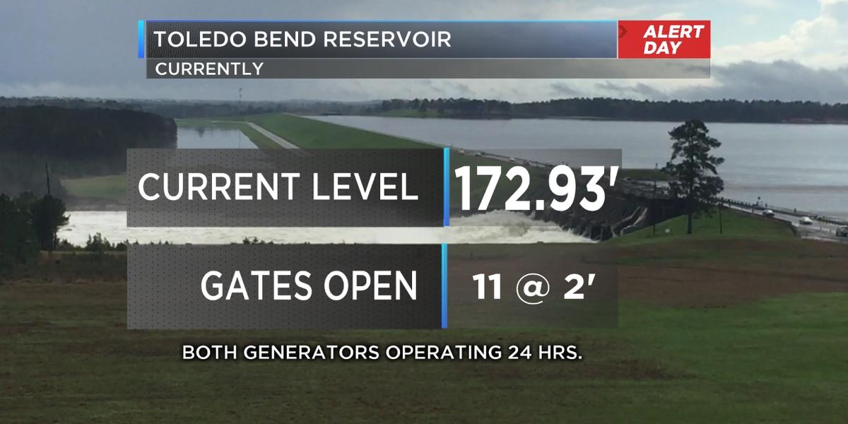 11 Toledo Bend spillway gates open