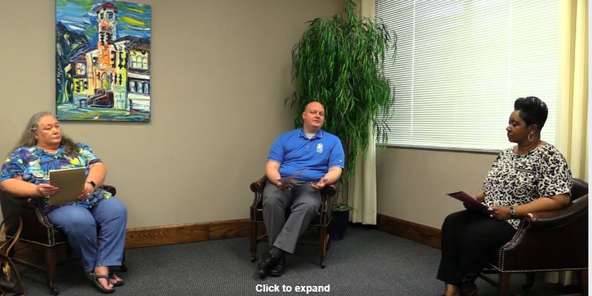 WATCH: Mayor Hunter discusses questions about unemployment insurance
