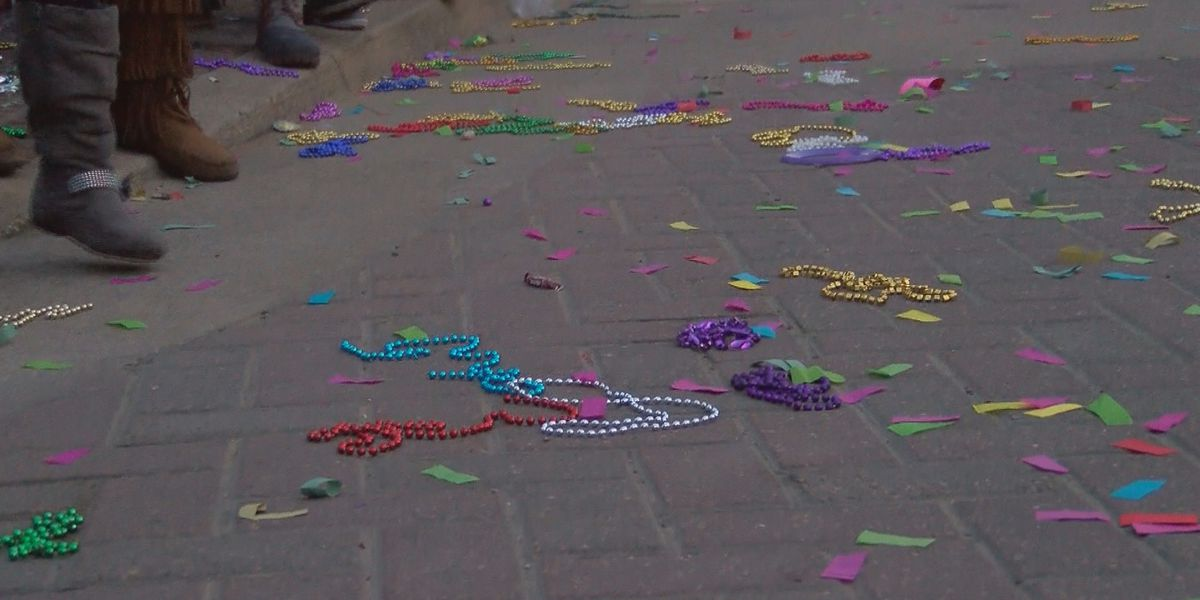 Mardi Gras clean up: What is the process to collecting parade litter?