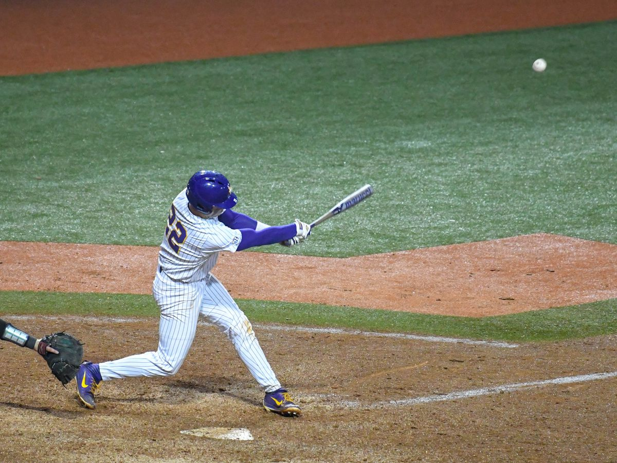 No. 1 LSU baseball pulls out 6-5 win over Southeastern
