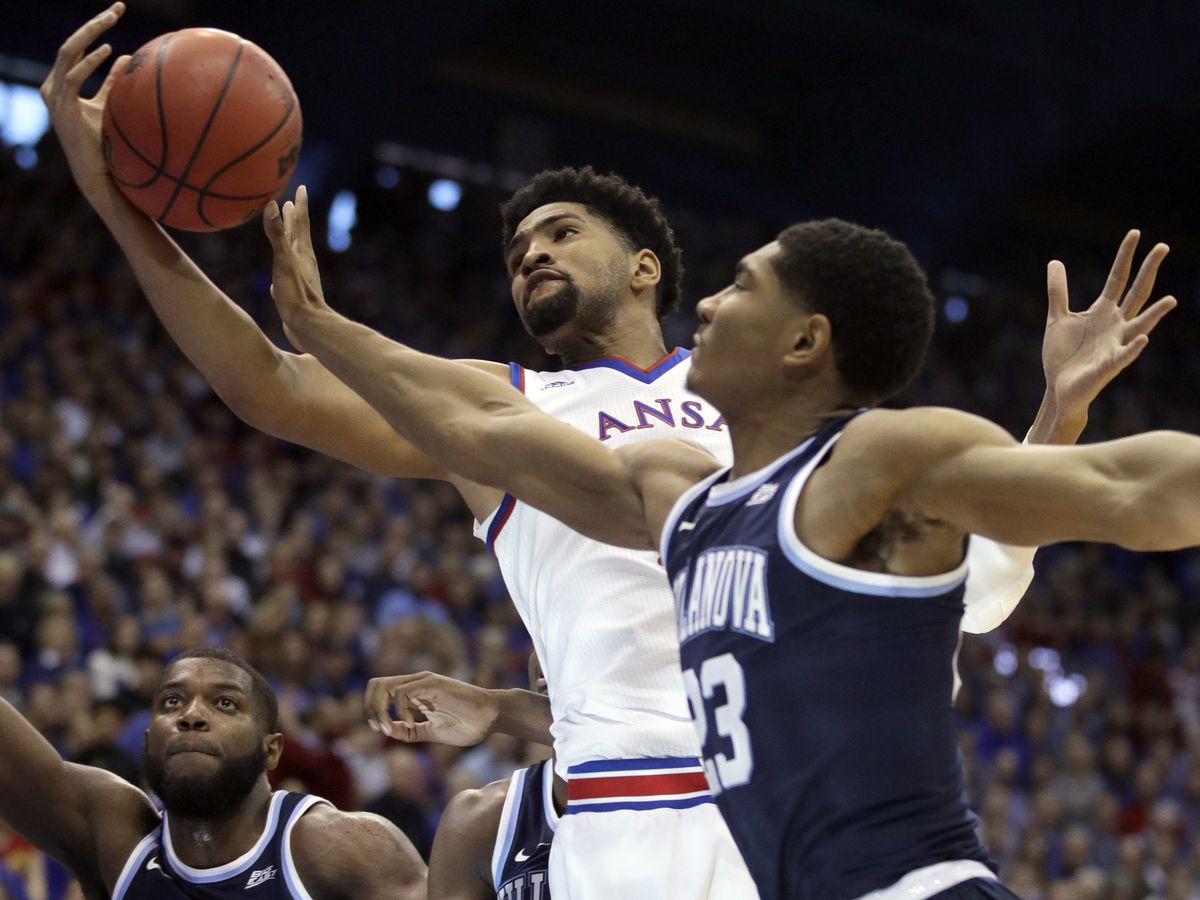 No. 1 KU tops No. 17 Villanova 74-71 in Final Four rematch