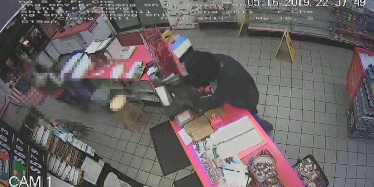 VIDEO: Suspect rips cash register from Shell Food Mart