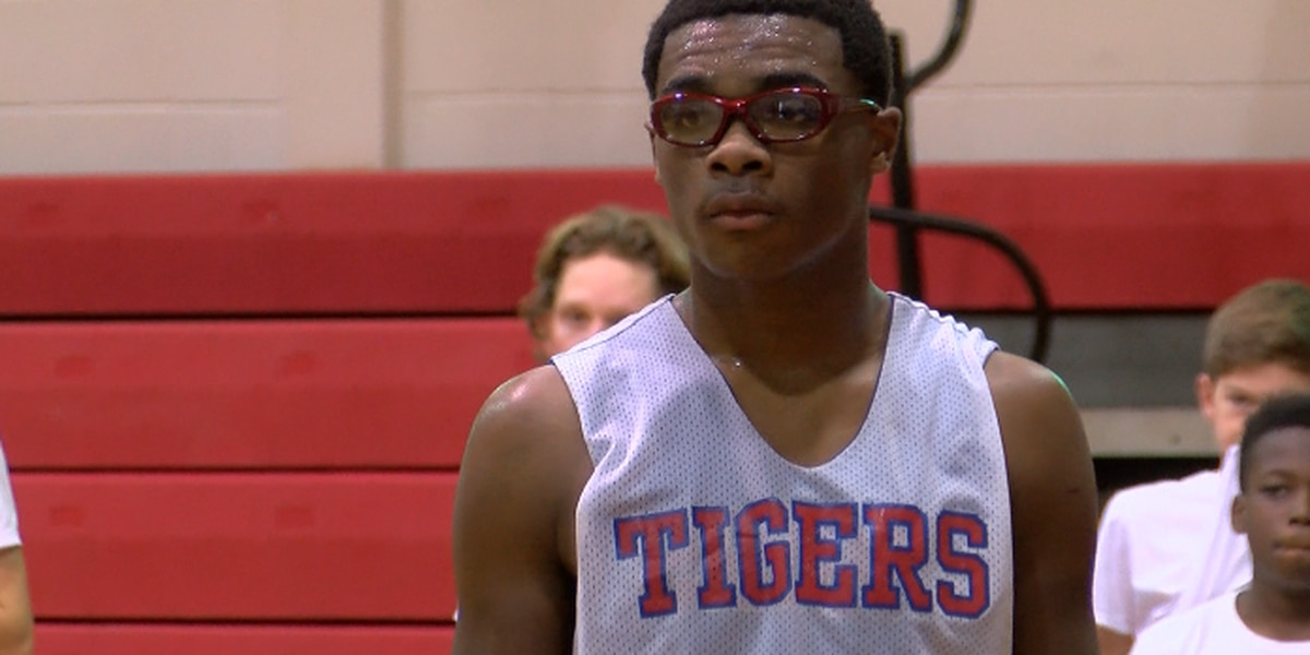 Sports Person of the Week - Torrell Levias