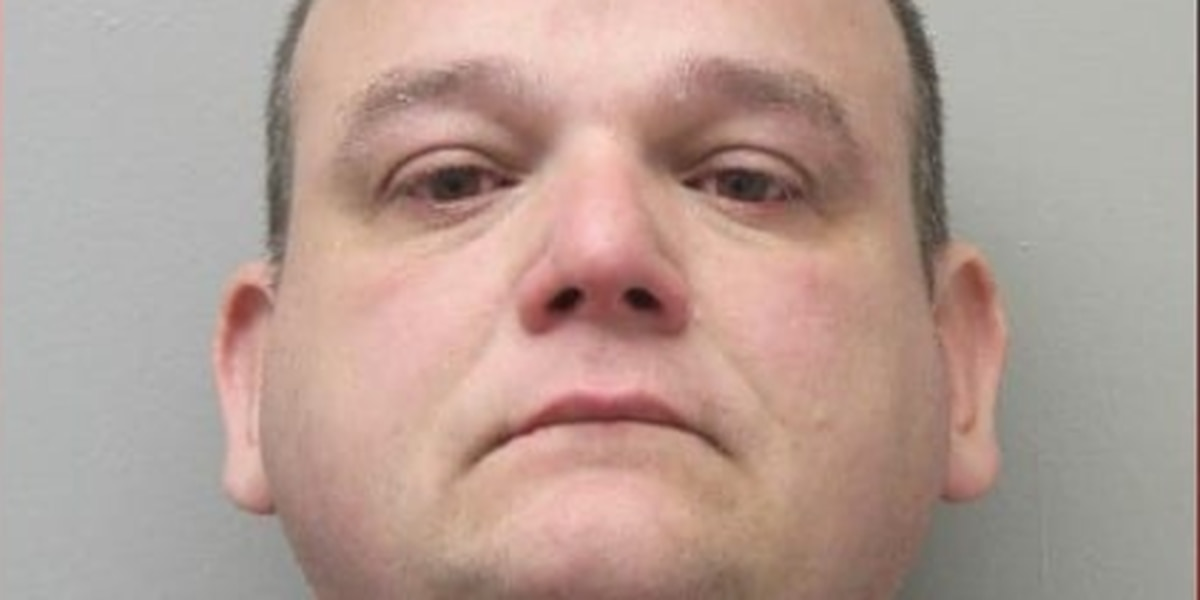 Vermilion Parish deputy arrested, accused of raping underage girl