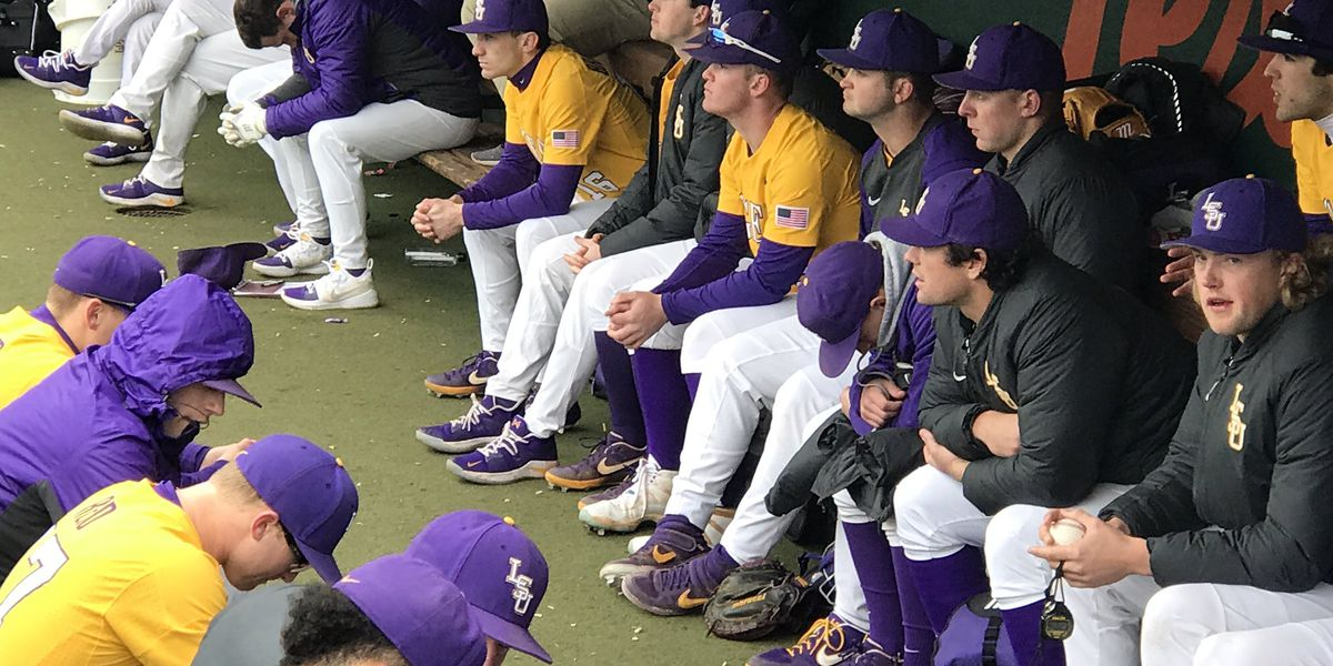 LSU baseball swept by Texas with 7-6 loss on walk-off single in Game 3