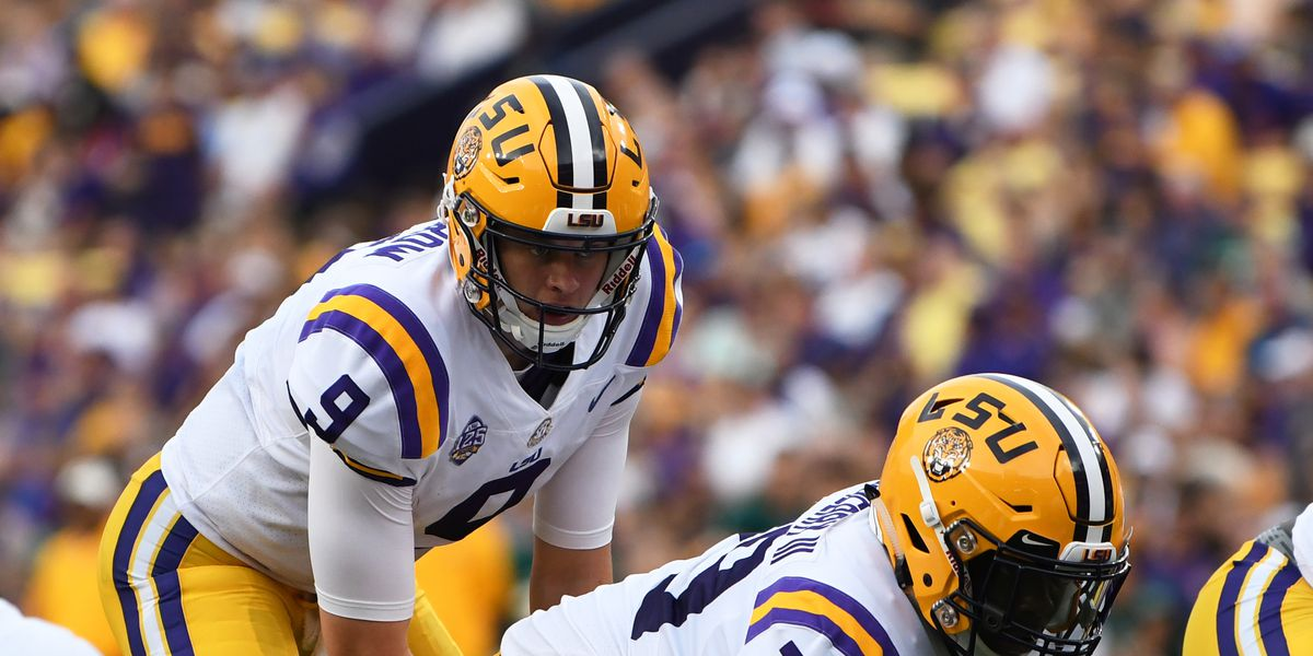 No. 11 LSU ends 25-game win streak by No. 7 UCF with 40-32 win in Fiesta Bowl