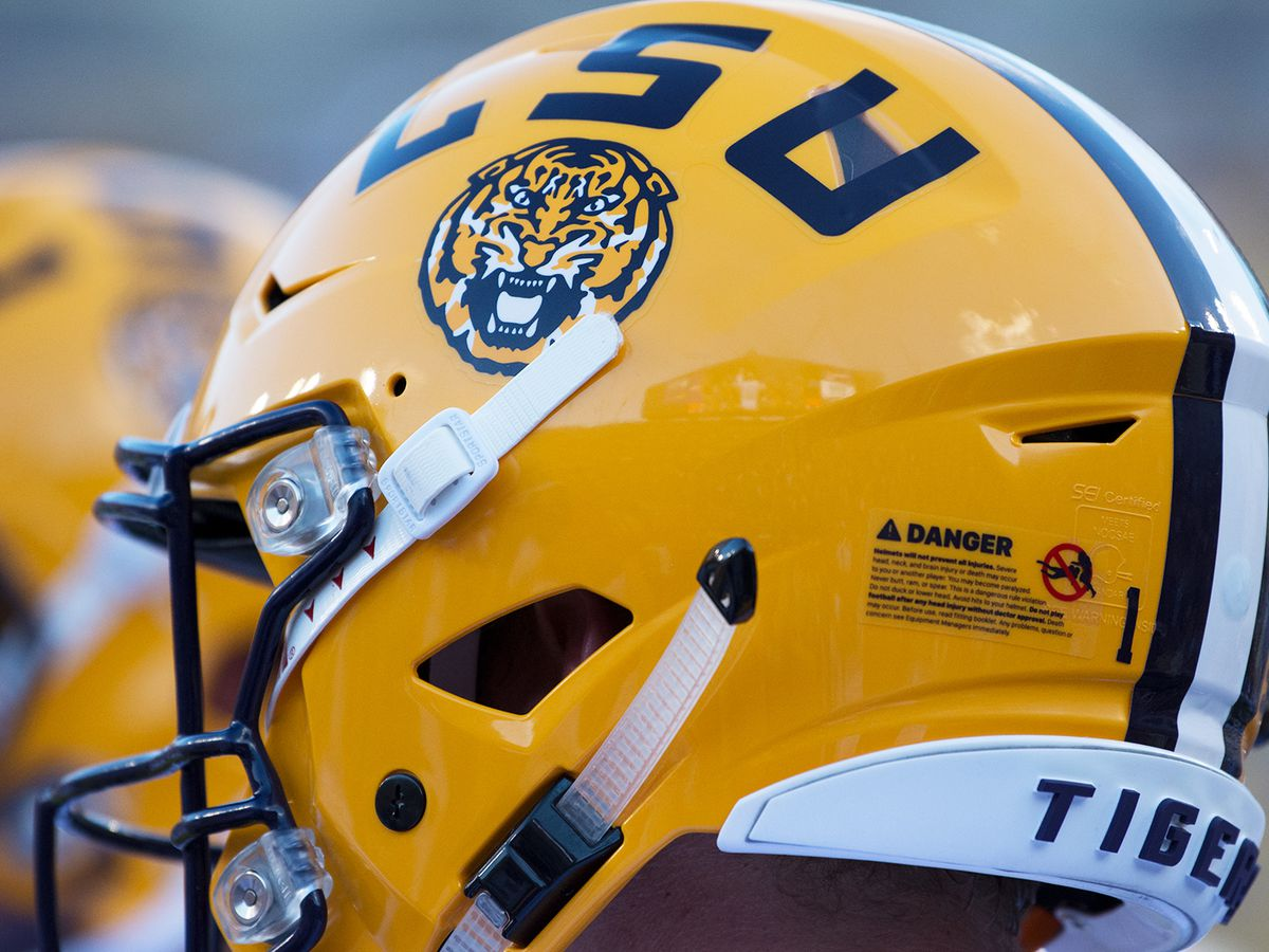 LSU picks up verbal commitment from New Iberia receiver