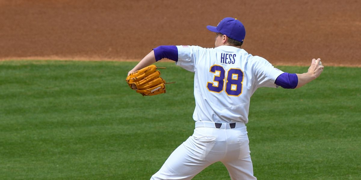 No. 10 LSU baseball takes Game 1 over Kentucky in 12 innings