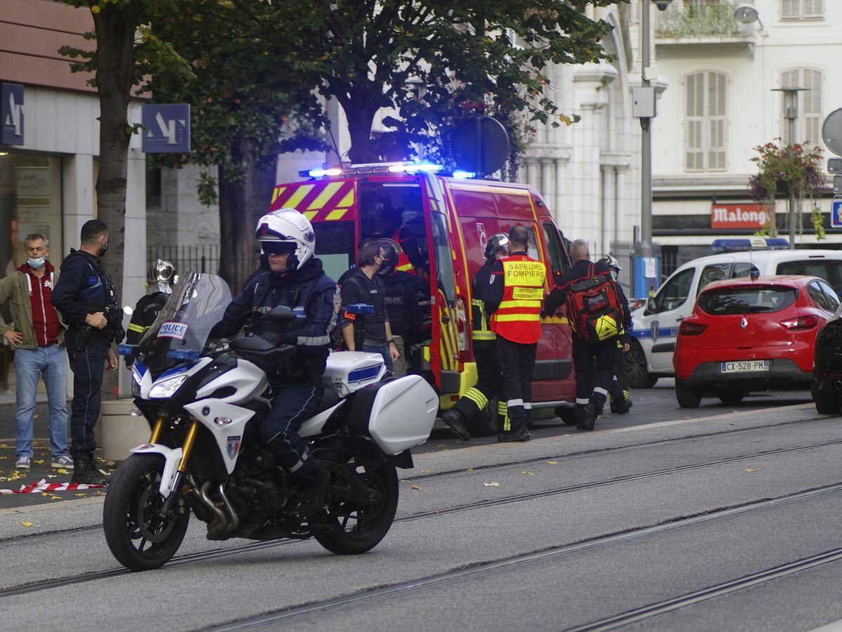 France goes on maximum alert after attack at church kills 3