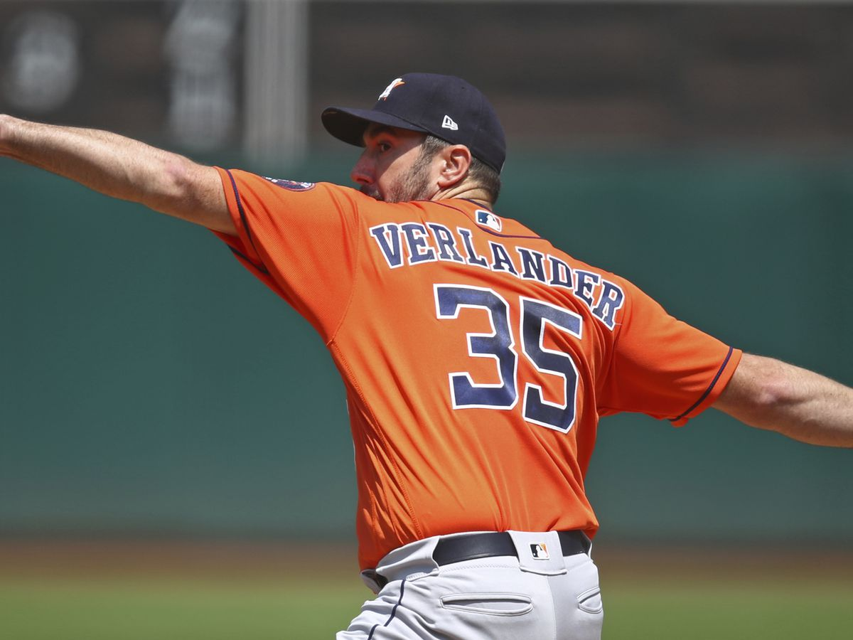 Houston's Verlander has no-hitter broken up in 7th