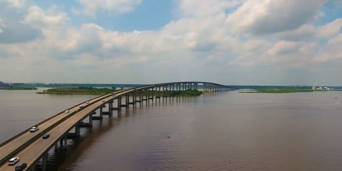 LC mayor proposing incentive package to reduce time off I-210 bridge project