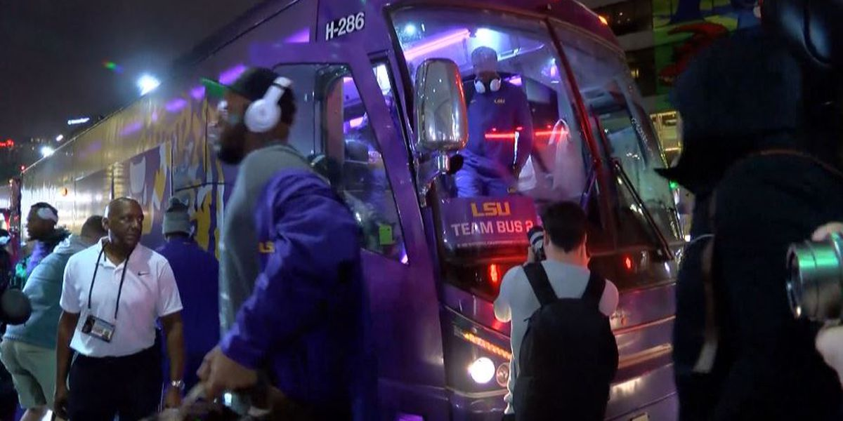 LSU arrives in New Orleans ahead of Saturday morning's media day