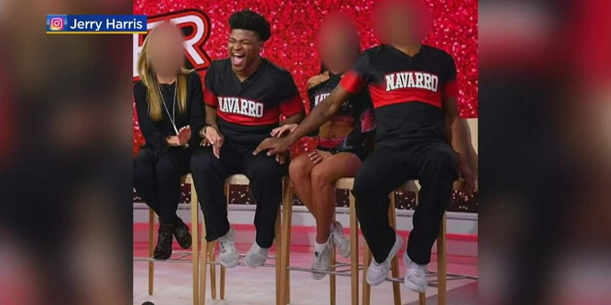 'Cheer' star investigated for solicitation
